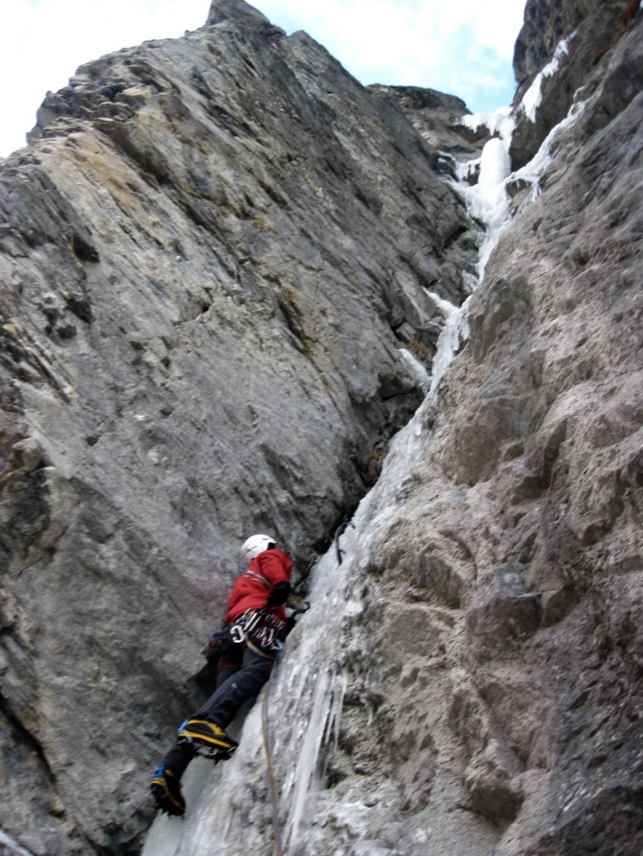 """""""Gullygallerie"""" eine der schönsten Eisspuren im Tiroler Oberland"""