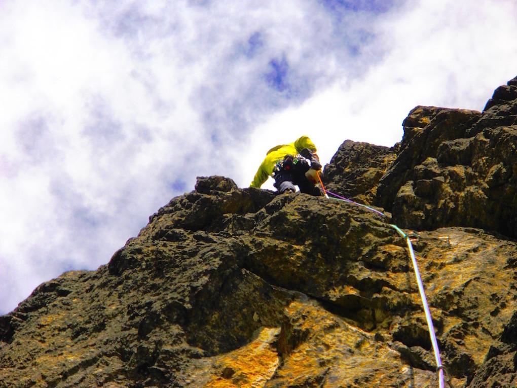 """Im Frühjahr richtete ich gemeinsam mit Florian die Route """"Namasté"""" (1000m 7a+) am Schweikert ein."""