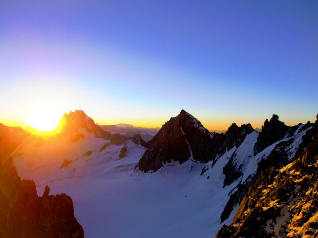 Sonnenaufgang am Kuffnergrat, Mont Blanc