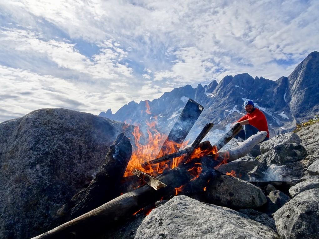 Lagerfeuer im Camp