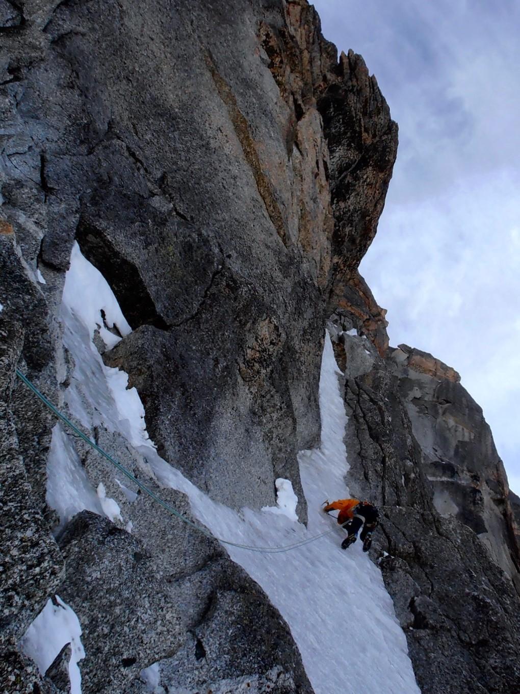 sehr sprödes Eis am tournier Spur